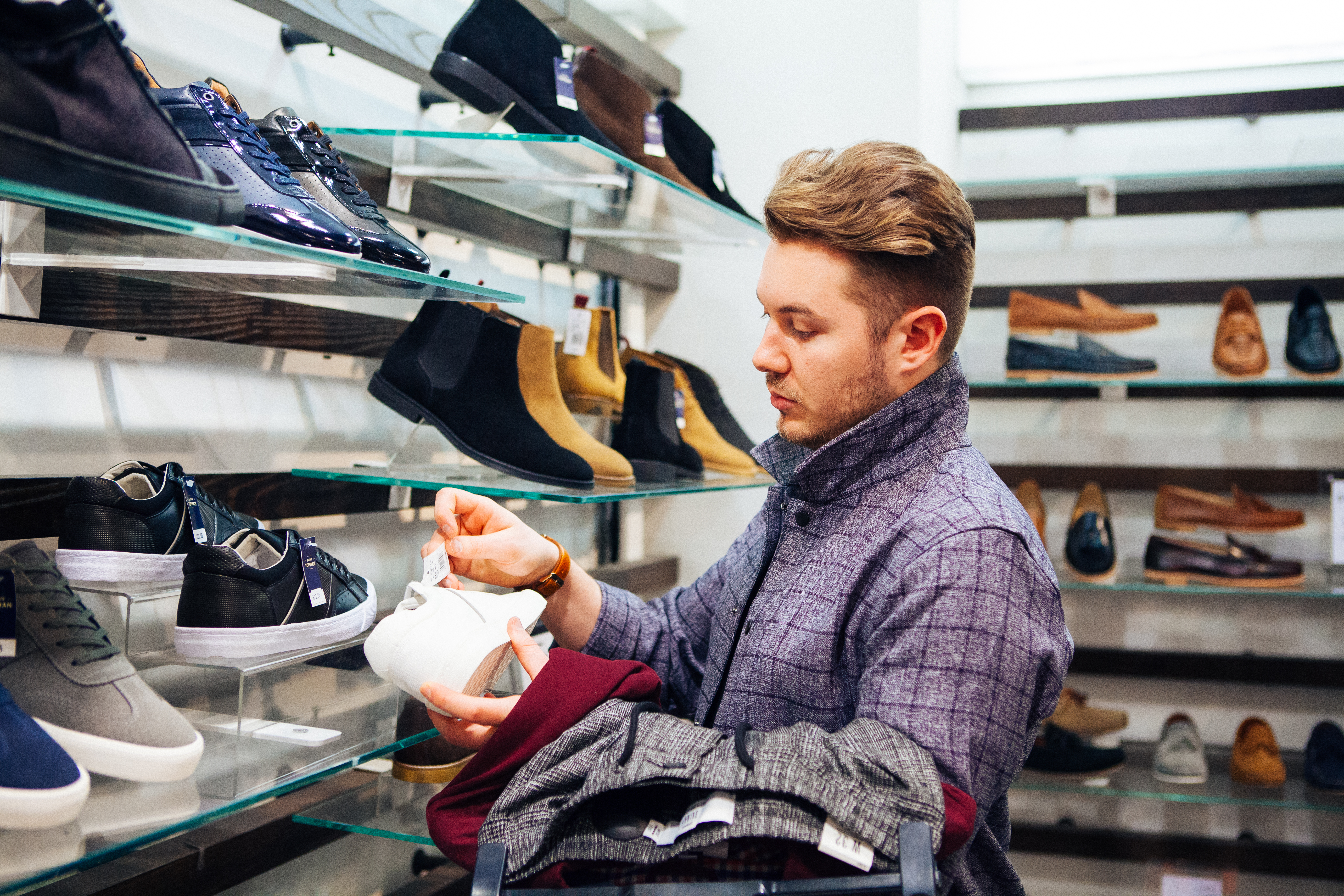 High Street Gent, About Us, What We Do, Man Looking At Shoes, Man Shopping, Male Blogger