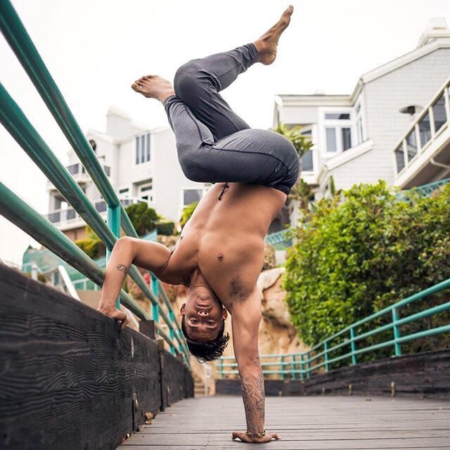 MUST HAVE MEN'S YOGA CLOTHES MADE EASY, Men's Yoga, Yog clothes, Shorts, Stretch, Eco Friendly, Yoga for men
